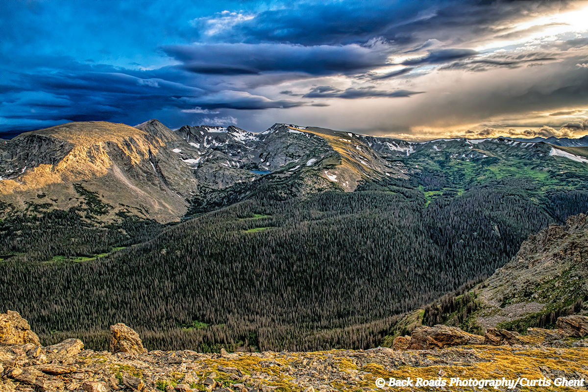 On this late afternoon I sat in the alpine tundra watching the clouds drift by and marvel at the beauty before me.